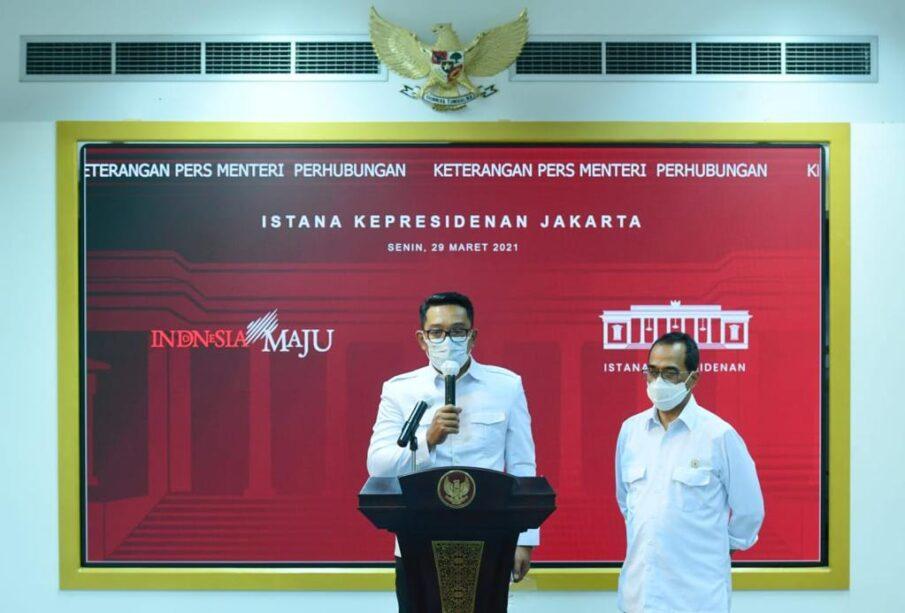 Gubernur Jawa Barat Ridwan Kamil dan Menteri Perhubungan Budi Karya Sumadi (Foto: Muchlis Jr - Biro Pers Sekretariat Presiden)